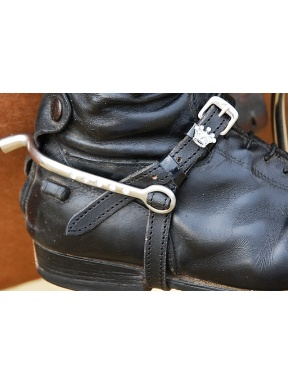 Black leather spur straps with patent detail
